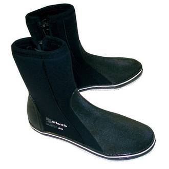 Atlantis Quest Boots with free Clip'n Drip