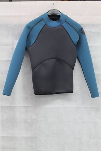 Sale Wetsuit Top 2mm. Sample - Size Med